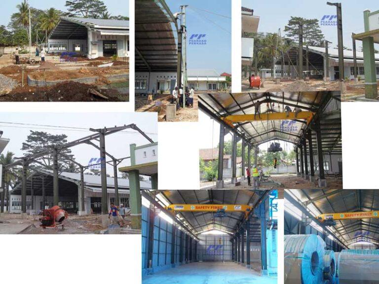 fabrikasi konstruksi bangun pabrik atau gudang dengan struktur baja wf