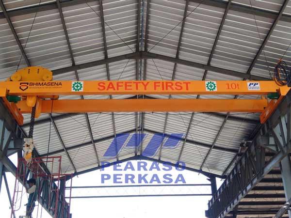 kontraktor fabrikasi konstruksi overhead crane atau galangan hoist crane double girder atau double beam balok girder kapasitas 5 ton 10 ton 20 - 30 - 40 - 50 ton